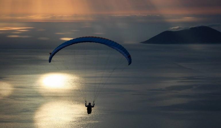 tandem paragliding shashica